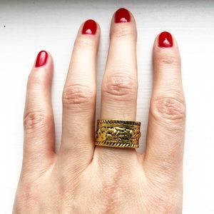 Vintage textured tribal band ring